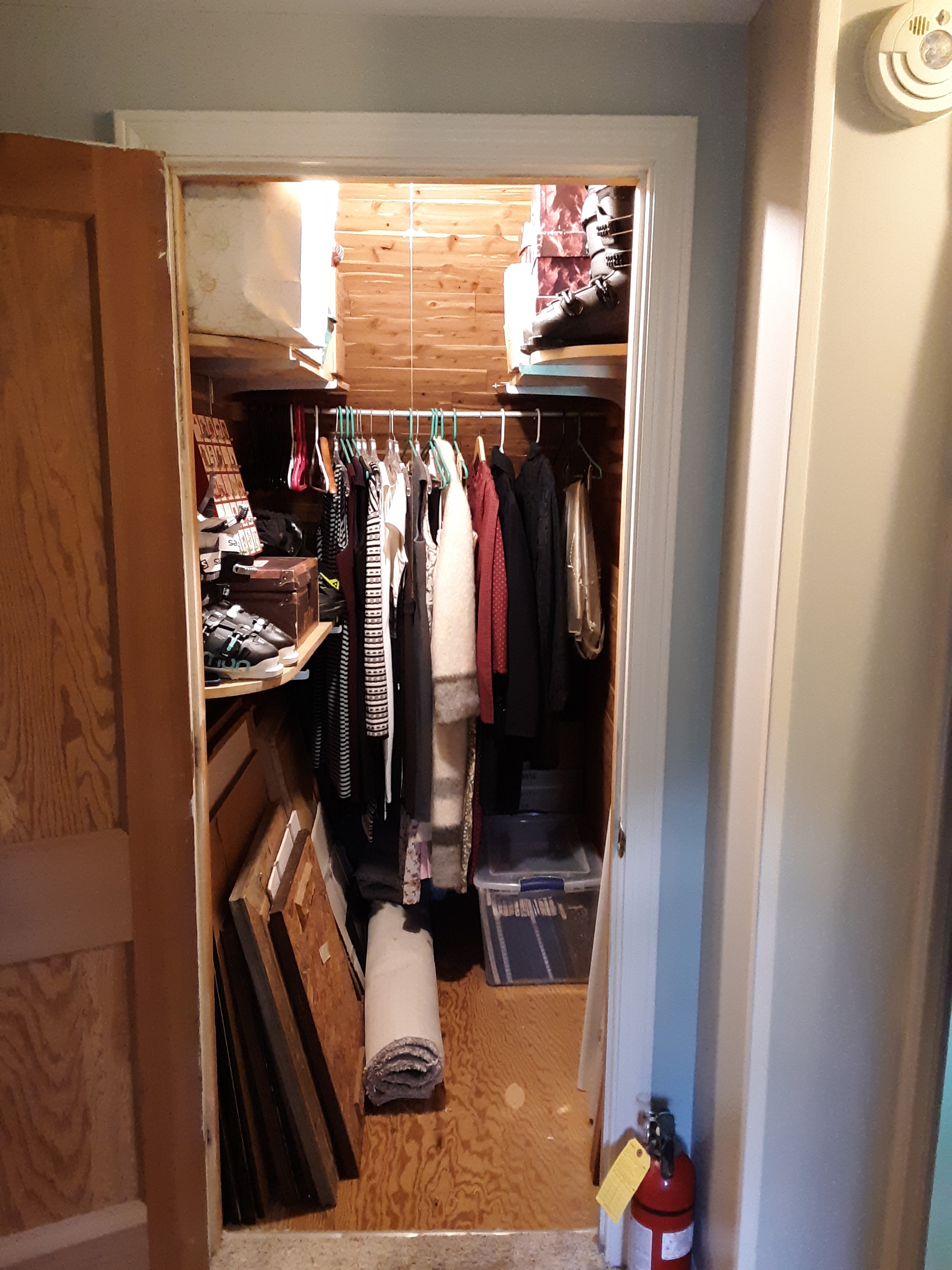 Now organized, the closet even had empty floor space!