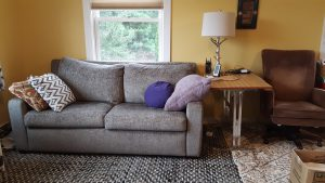 A much more peaceful-looking sofa area