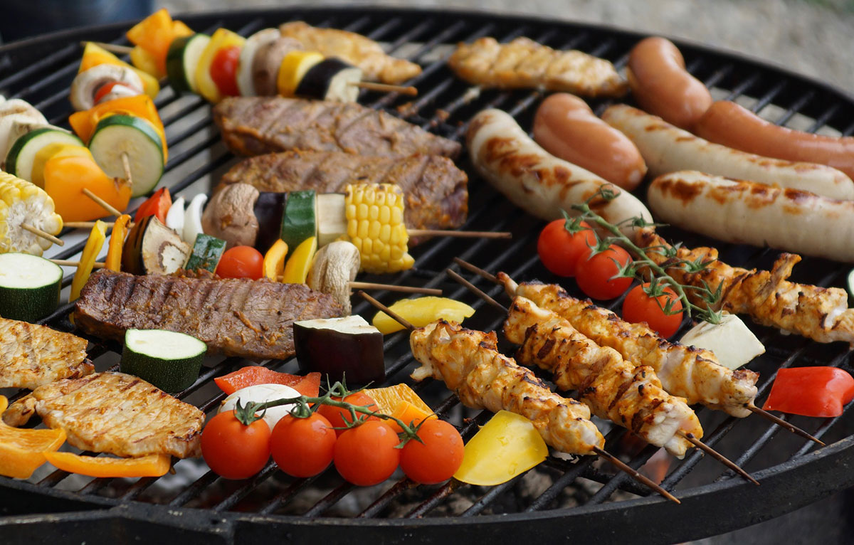 clean your grill before storing it for winter