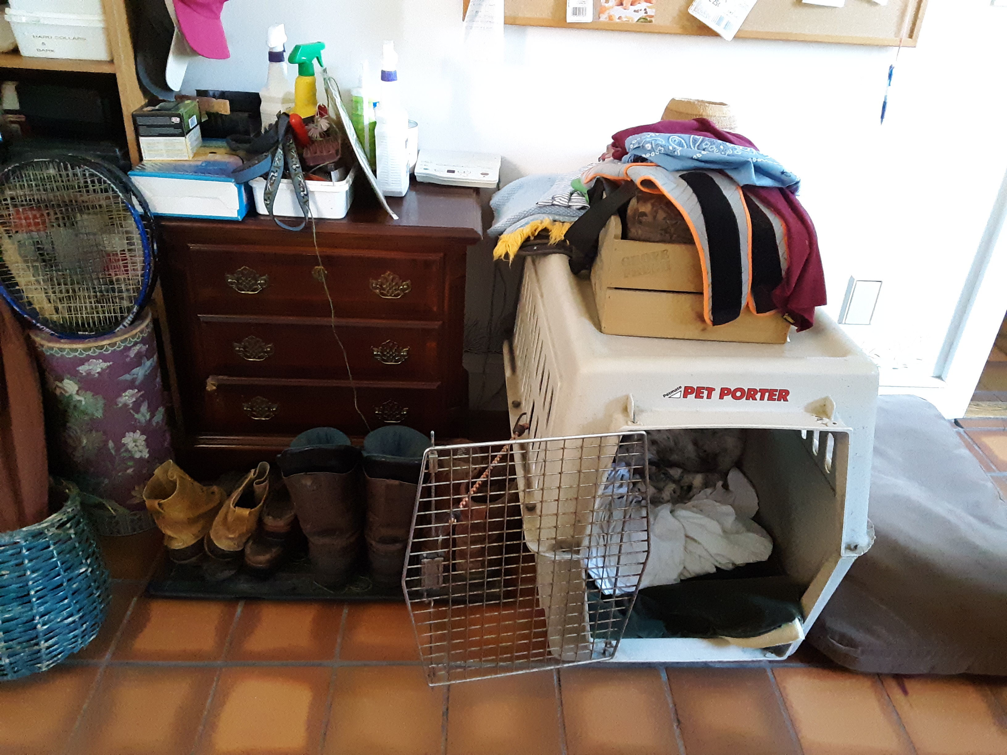 We will clear the mud room clutter!